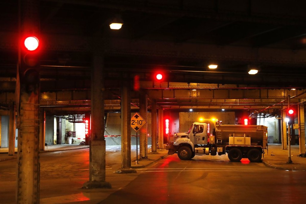 Commuting? CTA, roads reopening, bridges going down as overnight looting subsides downtown