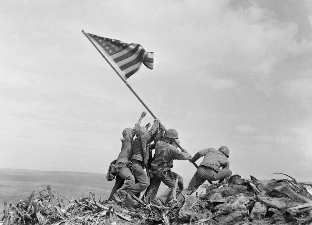 """Commentary: Flags over Iwo Jima: """"The most beautiful scene in all the blue Pacific …"""""""