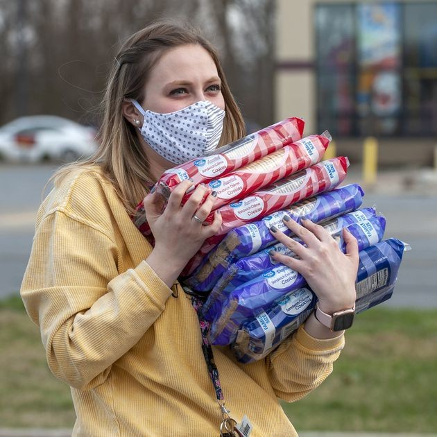 Portage High staffers, restaurants step in to feed families