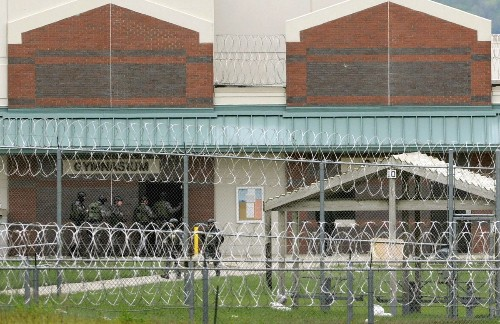 Report gives harrowing detail of Nebraska prison 'rampage'