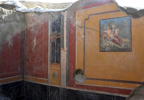 Pompeii dig uncovers ancient atrium with fresco portraying Narcissus — mythological hunter who fell in love with his own reflection