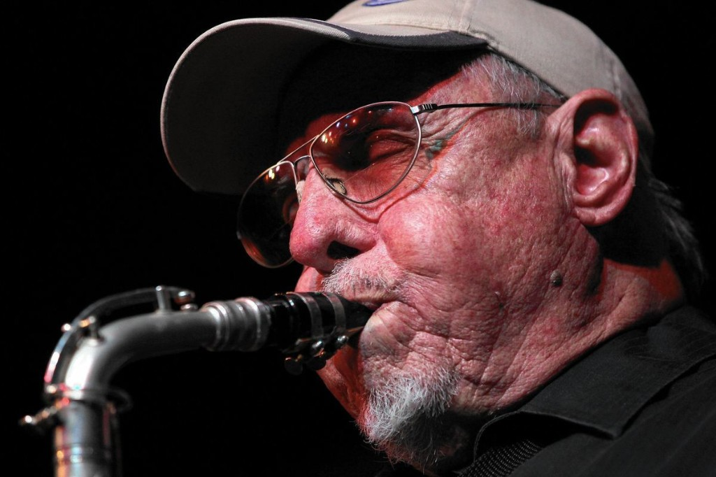 Chicago jazz great Ira Sullivan dies at 89