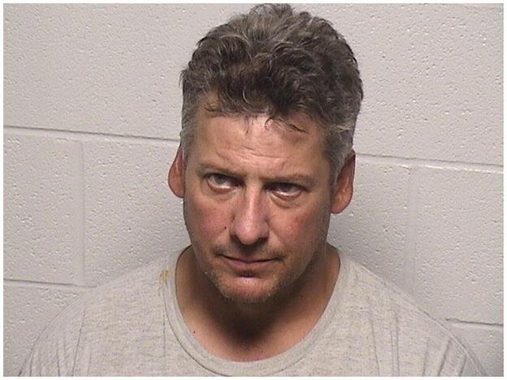 McHenry man accused of hitting 20- and 13-year-old relatives with blunt ends of rifle, machete