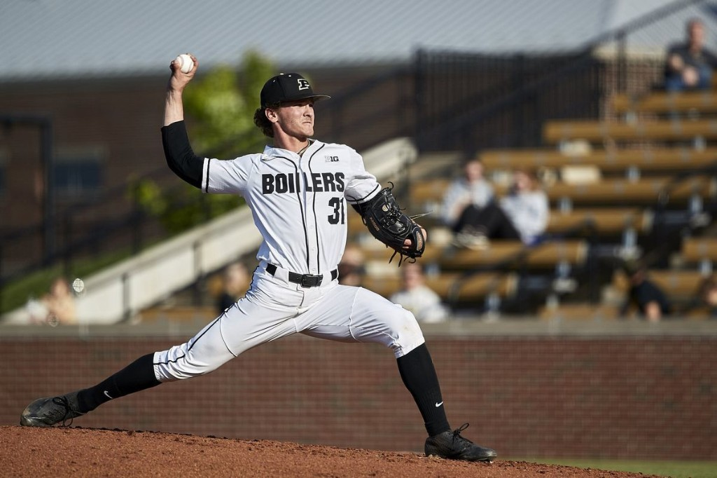 Lake Central's Conner Tomasic pursues transfer from Purdue, plans to be two-way player this summer for NWI Oilmen: 'I want to give it a go.'