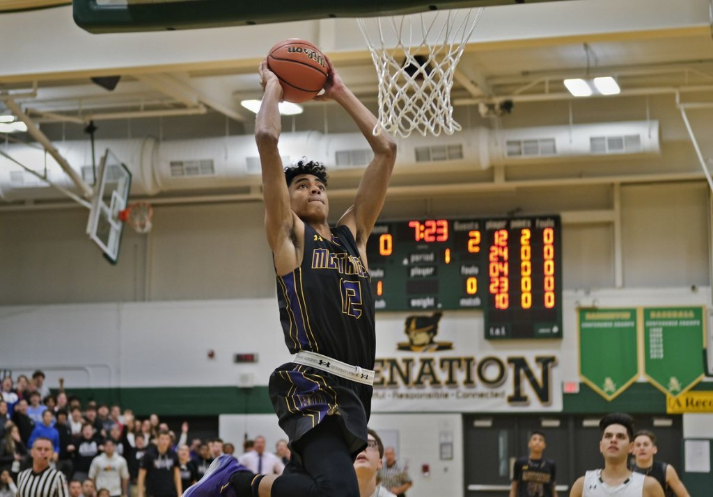 Max Christie, a 5-star basketball recruit from Rolling Meadows ranked in the nation's top 15, commits to Michigan State