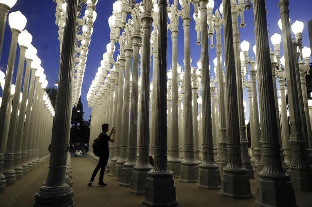 The Future of the Streetlight Might Be in the Past