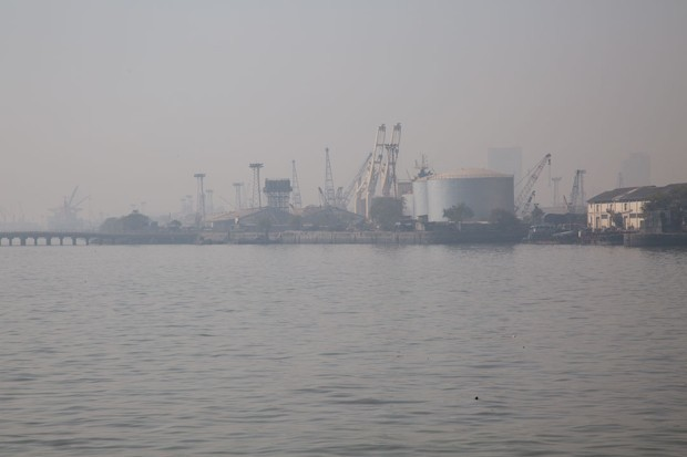 What's at Stake in the Fight Over the Mumbai Waterfront
