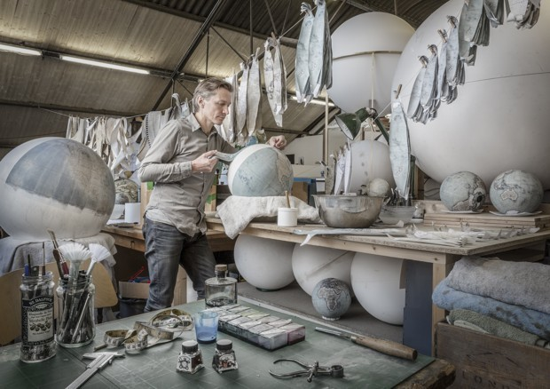 A Look at the Painstaking, Intricate Art of Globemaking