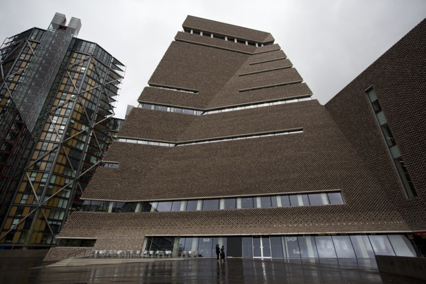 You Can Keep Going to the Tate Modern to Look Into These Expensive Glass Homes