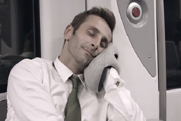 Nappers of the World, Unite With the Ostrich Pillow Mini