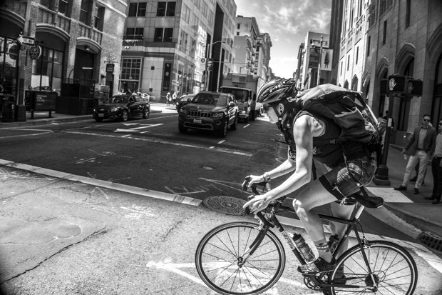 Photographing the Bike Messenger Boom