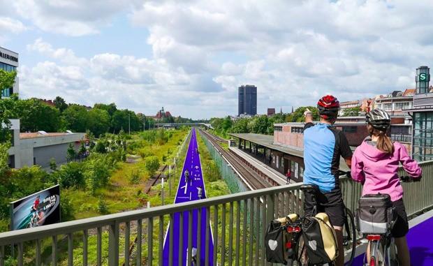 Berlin Plans a New Network of Bike Superhighways