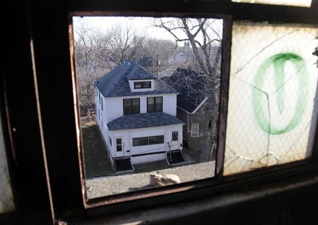Private Conflict, Not Broken Windows