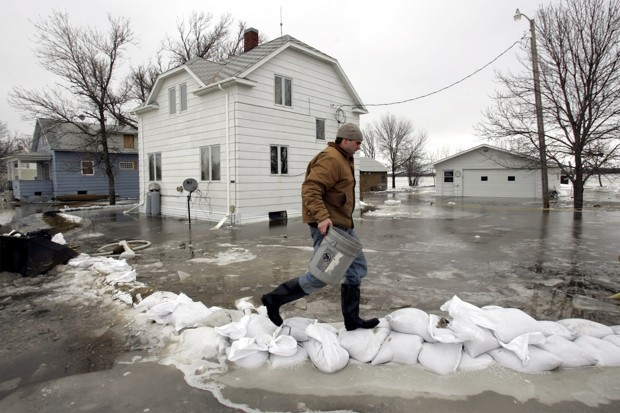 How Communities Can Build Psychological Resilience to Disaster