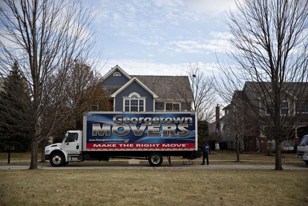 Lots of Americans Want to Move. Just Not Very Far.