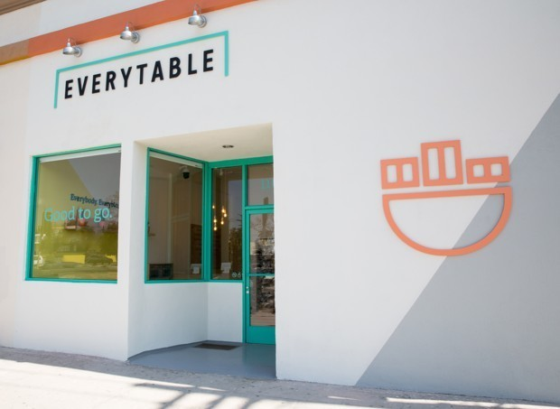 A Fast-Casual Chain Brings Healthy Meals to L.A.'s Food Deserts