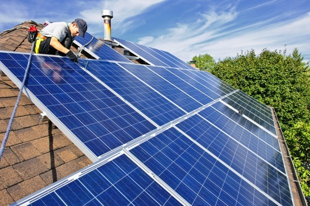 Want Solar Panels on Your Roof? Here's What You Need to Know