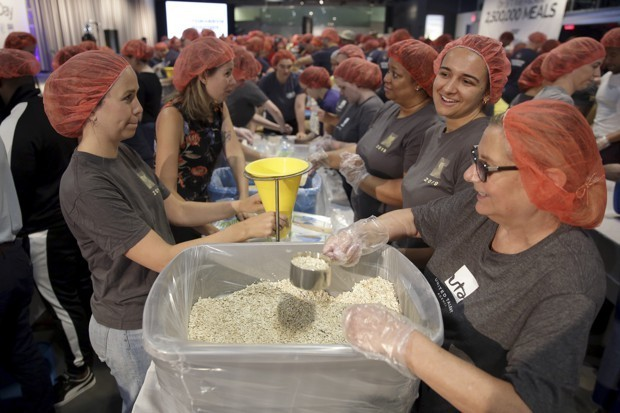 Why Americans Stopped Volunteering