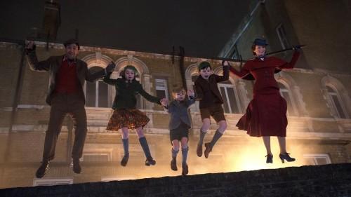 Este sujeto comprobó que se puede volar como Mary Poppins y sin magia