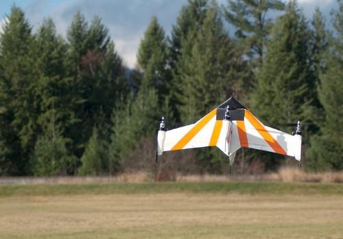 最高時速100km--プロペラを前に向けて飛行可能なハイブリッドドローン「X PlusOne」 - CNET Japan