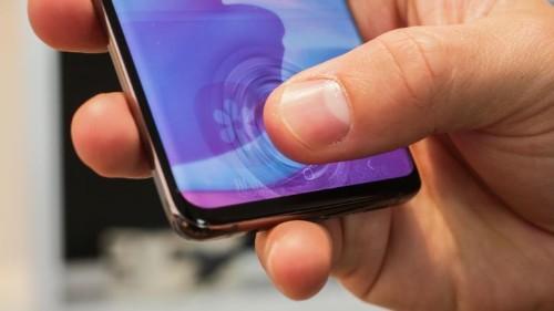 Así funciona el lector de huellas ultrasónico de los nuevos Galaxy S10