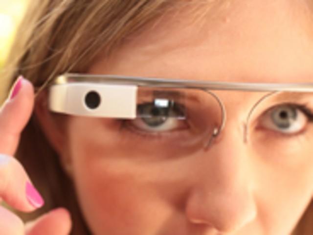 「Google Glass」向けアプリストア、2014年に開設へ