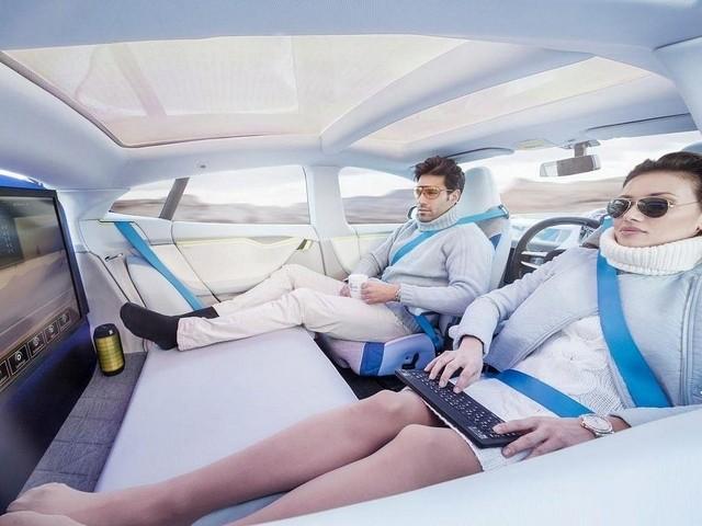 自動運転車の車内でやりたい5つのこと