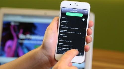 Spotify lanza oferta de su servicio Premium a US$99 por un año