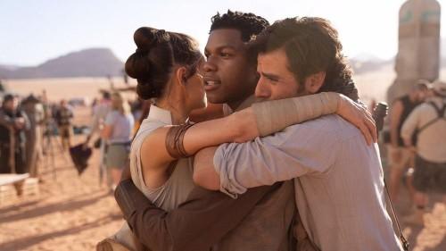 Episodio IX de Star Wars concluye su rodaje y J.J. Abrams comparte foto