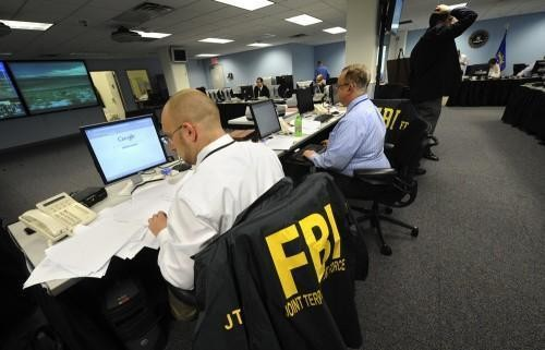 FBIとDHS、職員の個人情報が大量流出か - CNET Japan