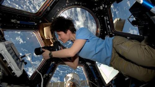 Viajar en el espacio afecta la piel