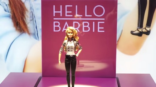 Apple adquiere la startup que engendró la Barbie que habla: reporte