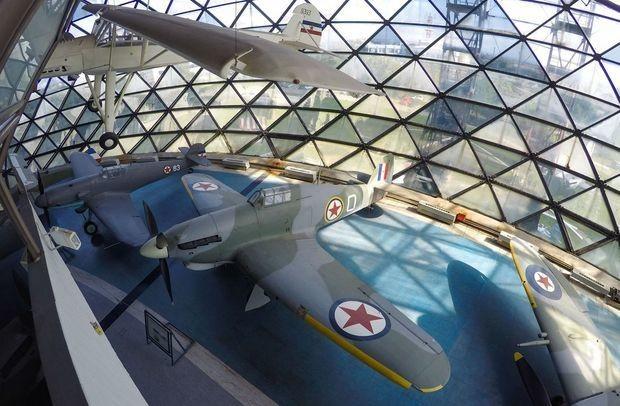 ベオグラード航空博物館を写真で巡る--旧ユーゴ時代のマニアックな軍用機も - CNET Japan