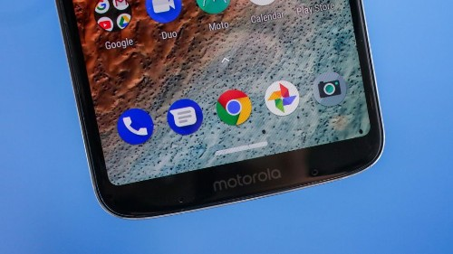 Motorola promete cambiar la manera como usamos el celular el 2 de agosto