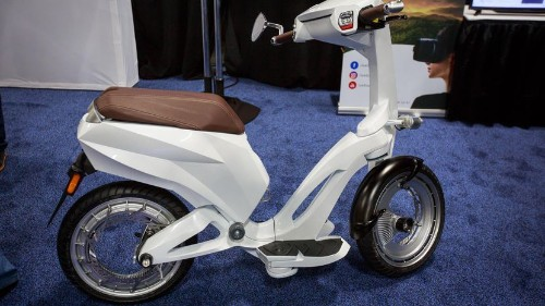 Ujet será tu próximo scooter eléctrico, 'trendy' y elegante