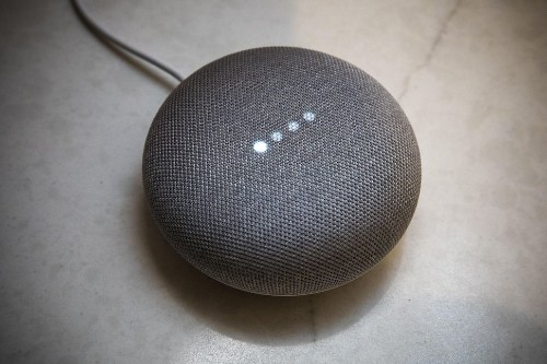 Google Home Mini vs. Amazon Echo Dot: ¿Cuál es mejor bocina?