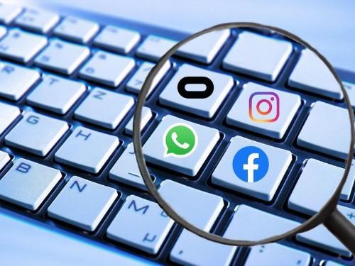 AMLO busca el apoyo de Facebook para mejorar en infraestructura en México