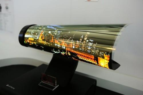 Un TV que se enrolla; adiós Motorola y más: lo más relevante del segundo día en CES