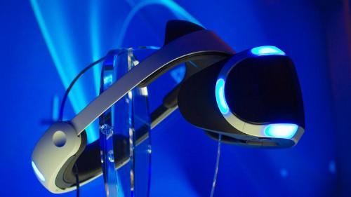 ソニーのVRヘッドセット「Project  Morpheus」--画質と装着感が向上したプロトタイプの第一印象 - CNET Japan