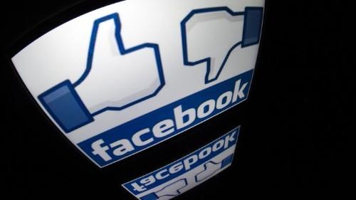 Usuarios de Facebook e Instagram reportan apagón