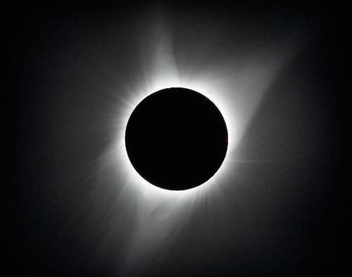Ya puedes ver la película 'Eclipse Megamovie' de Google