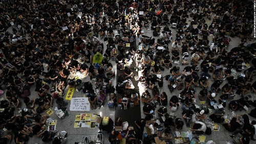 Hong Kong airport sit-in continues in 10th straight weekend of protests