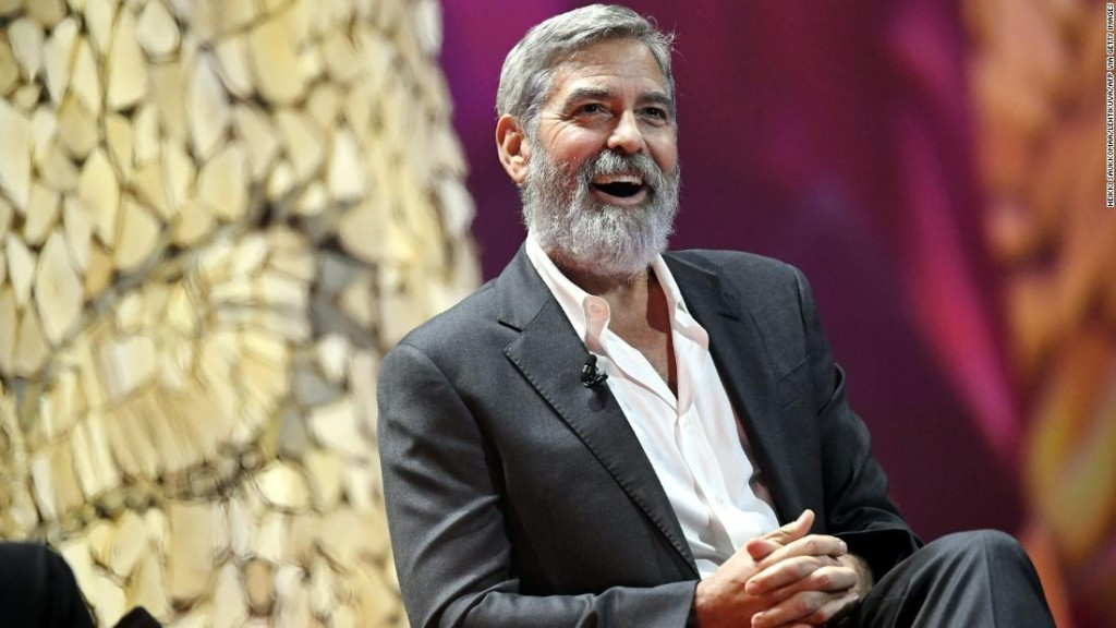 George Clooney once gave 14 friends $1 million each -- in cash
