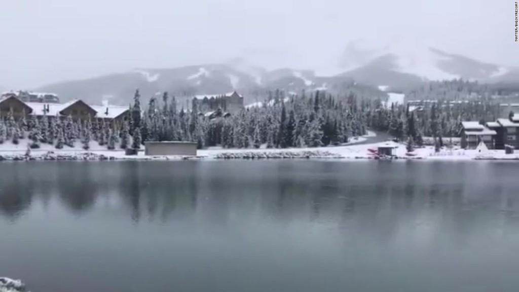 Colorado got almost 2 feet of snow on the first day of summer