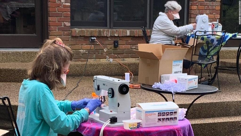 Volunteers fixed 20,000 N95 masks for Memphis hospital in a weekend