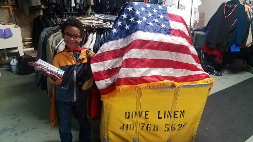 An 8-year-old makes 'hero bags.' He's helped nearly 3,000 homeless veterans