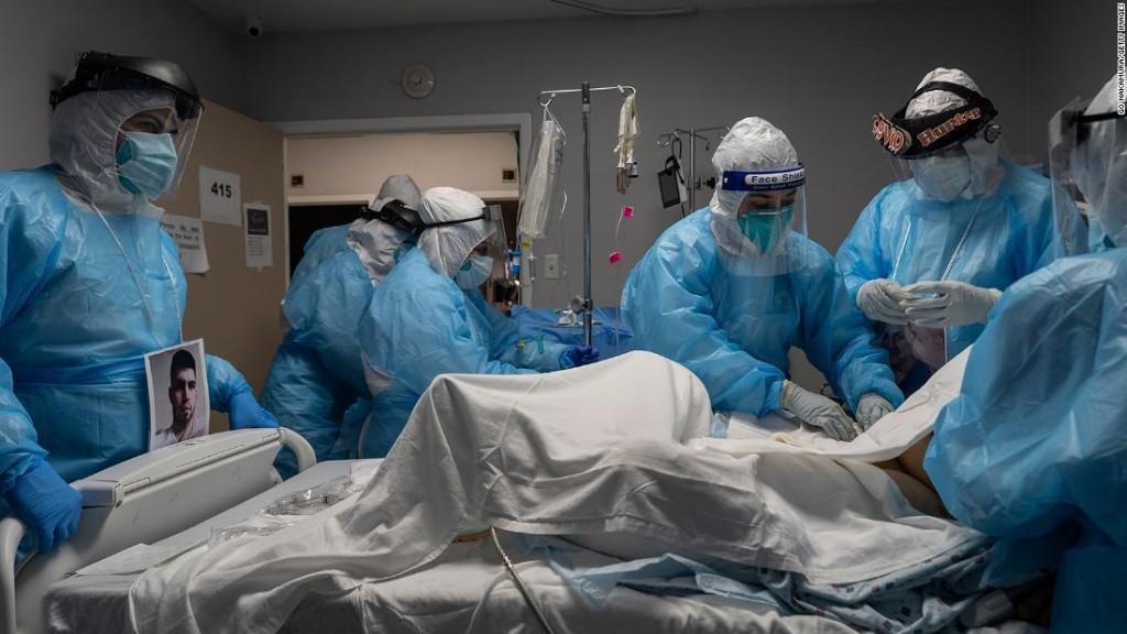 Analysis: A leaderless America slips deep into a grim pandemic winter