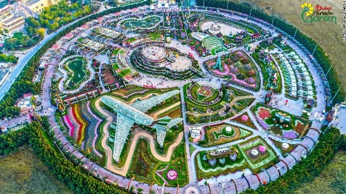 Dubai Miracle Garden: The power of the flower