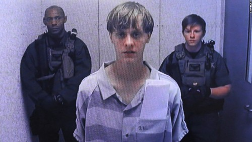 Families of Dylann Roof victims can sue US government, court rules