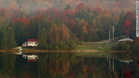 Vermont closes all hotels, vacation rentals and campgrounds